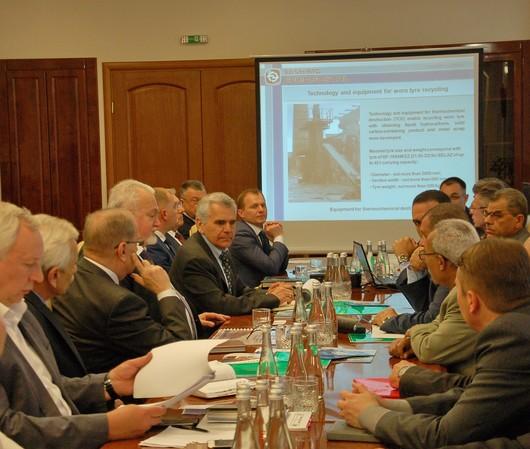 С 23 по 27 апреля 2018 года продолжается визит в Украину делегации Арабской Республики Египет во главе с Министром по делам компаний государственного сектора А. Эль-Шаркави